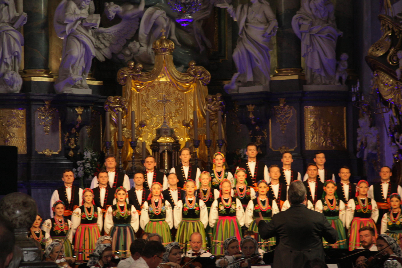 Ogólnopolskie Dożynki Jasnogórskie w Częstochowie z udziałem delegacji PZPRZ